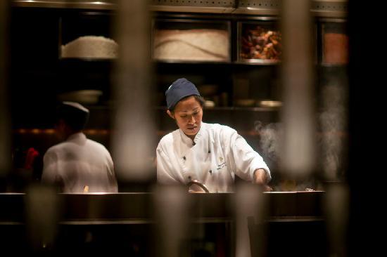Intercontinental Hua Hin Resort: Blick in die offene Küche