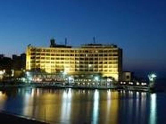 Al Rasheed Hotel