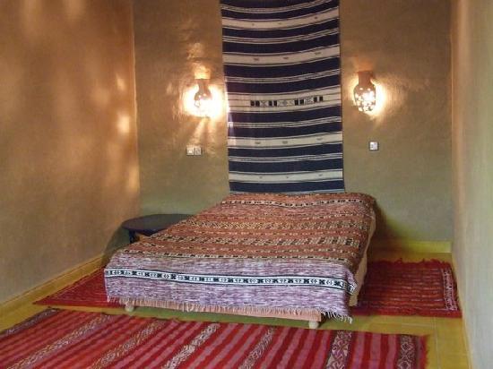 Maison d'Hote Zouala: une chambre double de la suite