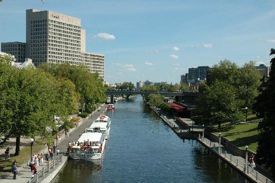 Ottawa, Canada: il Canale Rideau d'estate