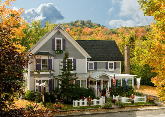 Phineas Swann Bed and Breakfast Inn : Fall Foliage at the Phineas Swann