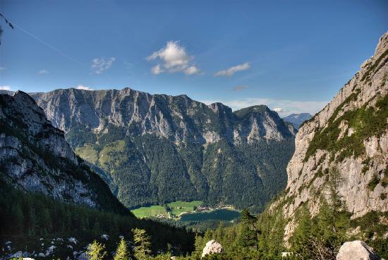 Pension Seeklause: Blick von der Blaueishütte (1680m) auf den Hintersee