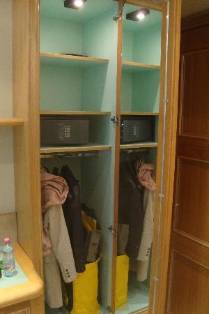 Hotel Sempione : closet