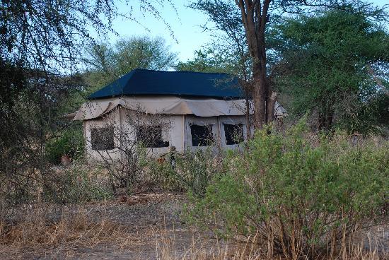 Kirurumu Tarangire Lodge: The dining room at Tarangire Camp