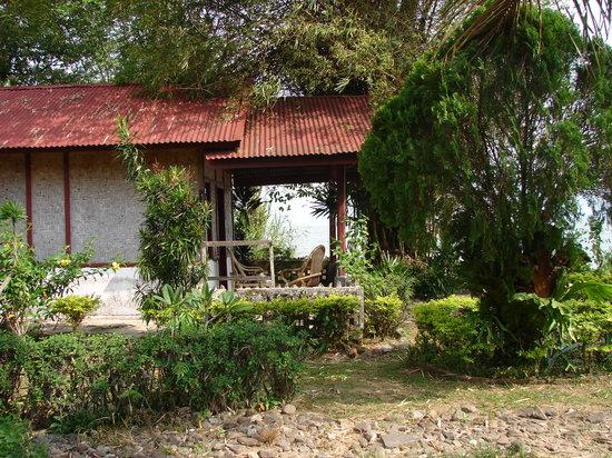 Arlen Nova's Paradise Guesthouse