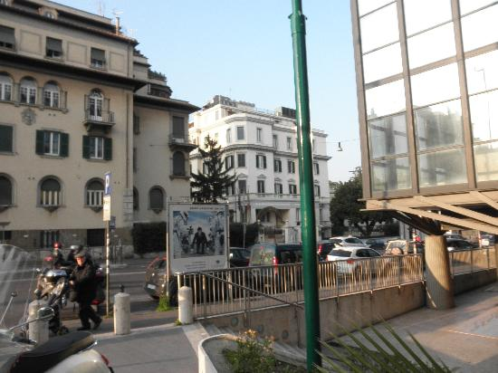 Villa Morgagni: view from across the street coming from metro station