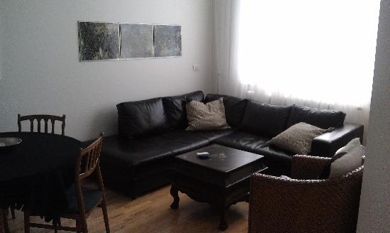 Kalli's Apartments : Living room - looked just like the photos on the website