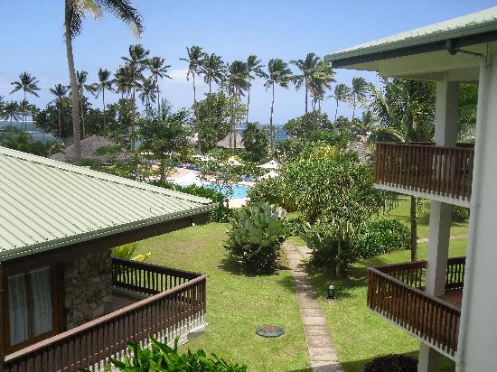 Naviti Resort: Looking from top floor to pool area