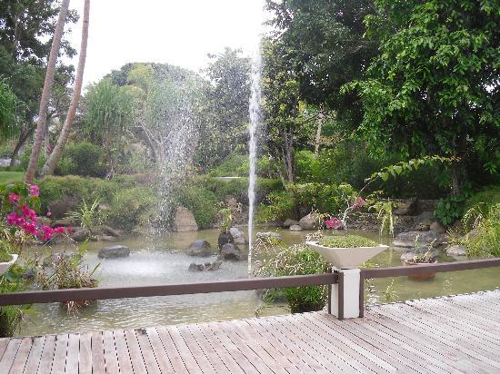 เดอะ นาวิตี รีสอร์ท: Fountain/Garden
