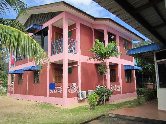 Babura Seaview: Vårt rum är på andra våningen till höger