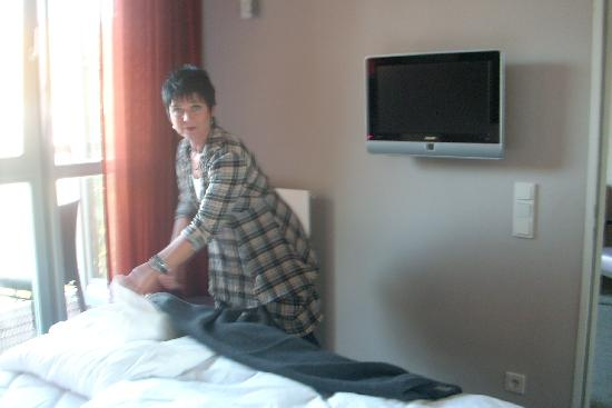 Adina Apartment Hotel Berlin Checkpoint Charlie : Nora,sehr gut geschlafen,nur noch ein wenig ordnen!