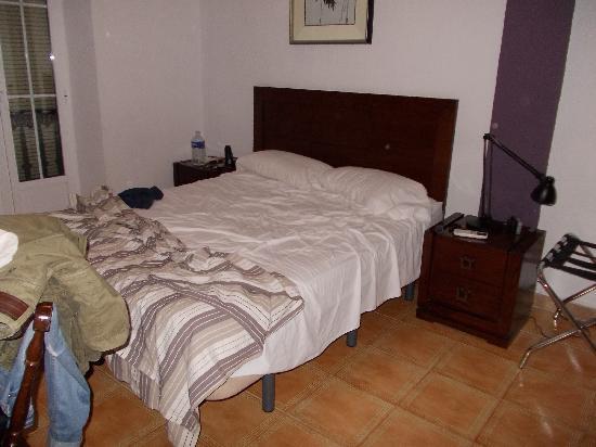 Hostal El Cid Valencia: La stanza