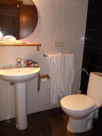 Hostal El Cid Valencia: il bagno