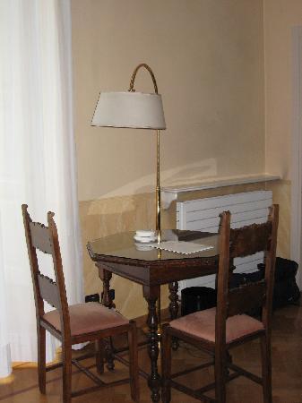 Hotel Roma e Rocca Cavour: studio