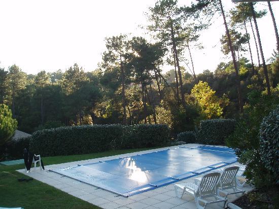 ESTIVEL - Villas Atlantic Green: Vue de la piscine