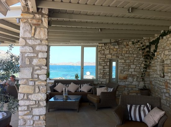 Saint Andrea Seaside Resort: Sea is just 120 meters away