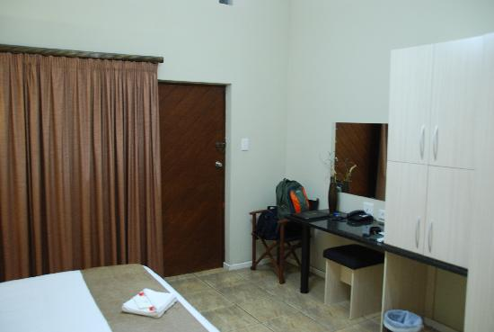Ibhayi Town Lodge: our room