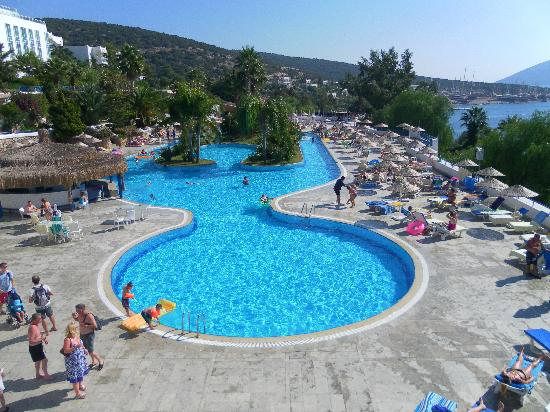 Bodrum Holiday Resort & Spa : Main pool