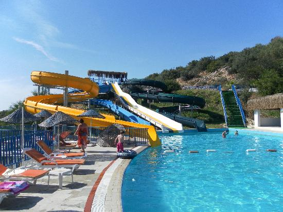 Bodrum Holiday Resort & Spa : Waterslides