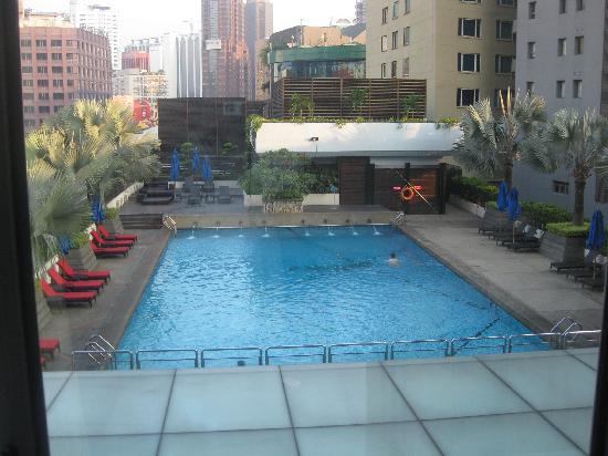 Pool picture of parkroyal kuala lumpur kuala lumpur - Piccolo hotel kuala lumpur swimming pool ...