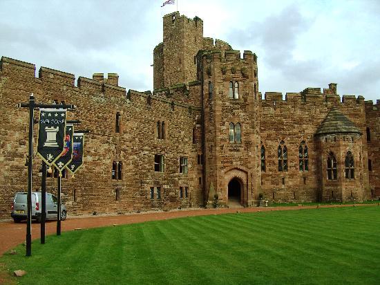 Tarporley United Kingdom  city images : ... and courtyard Picture of Peckforton Castle, Tarporley TripAdvisor