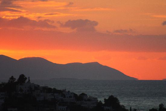Sandima 37 Hotel Bodrum: Sunset view from roof terrace