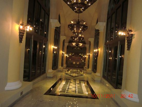 Iberostar Grand Hotel Paraiso: Hallway