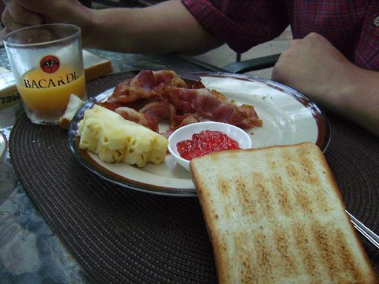 Tropica Resort and Restaurant: Petit déjeuner de tous les jours