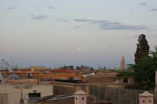 Dar Charkia: Blick von Dachterrasse