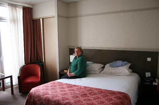 Hotel Bristol : Bedroom
