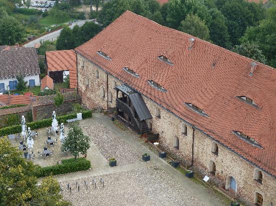 Burghotel Belzig: Hotel vom Turm aus