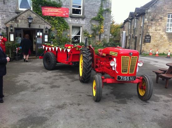 Charles Cotton Hotel: Wedding tractor!!