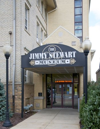 Indiana, PA: Jimmy Stewart Museum Entrance