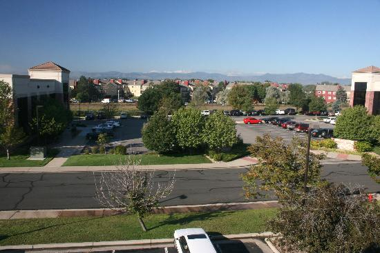 Quality Inn Denver Westminster: View from window, Rocky Mountains can be seen in distance
