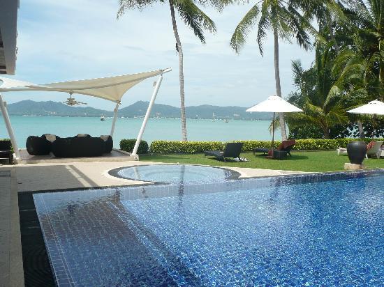 Cloud19 Beach Retreat: pool