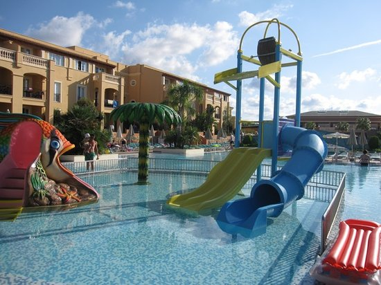 Holiday Village Menorca: Children's splash pool