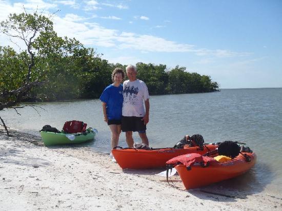 Up a Creek Kayak Tours: taking a break