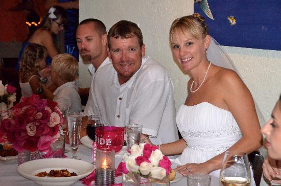 Barracuda Grill : beautiful bride
