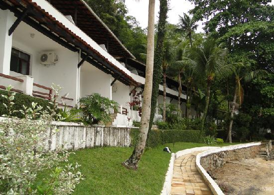 Hotel Pierre Itacuruca: FRENTE DOS APARTAMENTOS DO HOTEL PIERRE