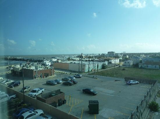 Four Points By Sheraton Galveston: view from room west
