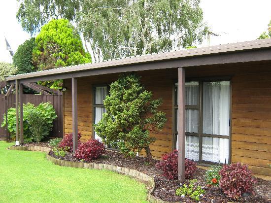 Grange Motor Lodge: Extensive Gardens