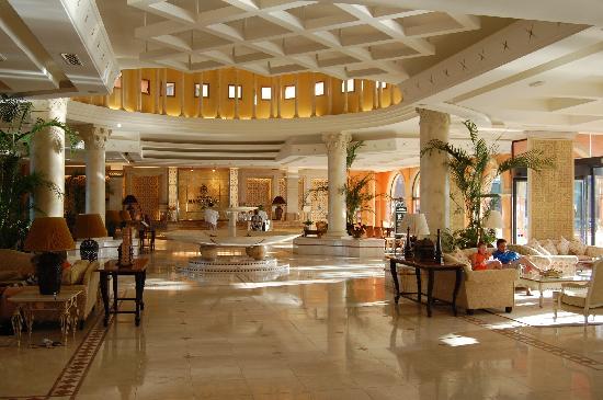 Gran Hotel Atlantis Bahia Real: reception