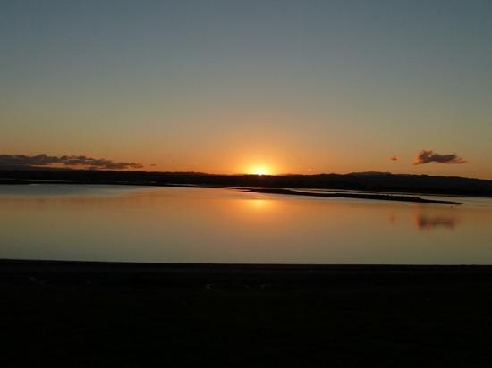 Fairley Motor Lodge : Estuary sunset