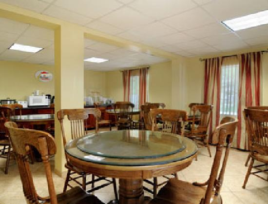 Breakfast Area at the Super 8 Kimball in Kimball, Tennessee