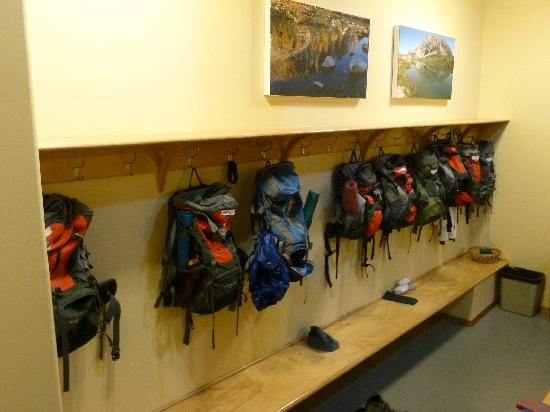 Mountain Trek Fitness Retreat & Health Spa: Backbacks ready to hiking....