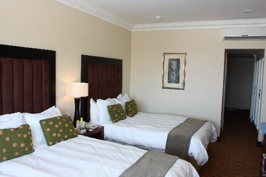 AVANI Windhoek Hotel & Casino: Doppelzimmer