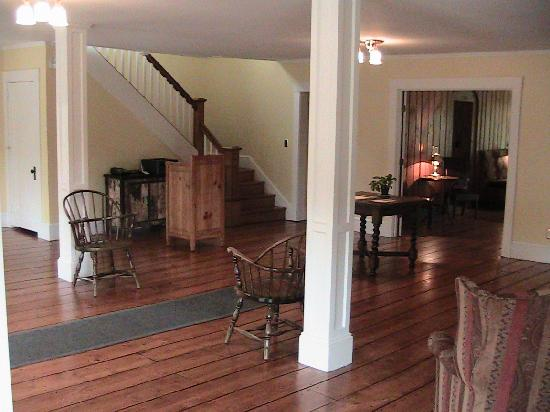Horse and Hound Inn: The Inn Greeting Area