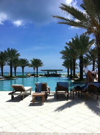 The Westin Dawn Beach Resort & Spa, St. Maarten : la piscine
