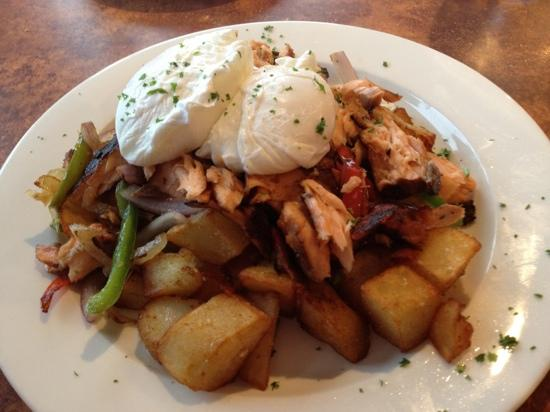 Georgie's Beachside Grill: salmon hash at Georgie's was delicious