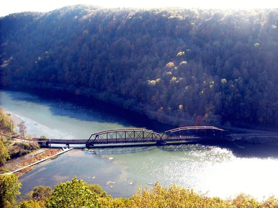 Ansted, Западная Вирджиния: Train Bridge at Hawk's Nest State Park